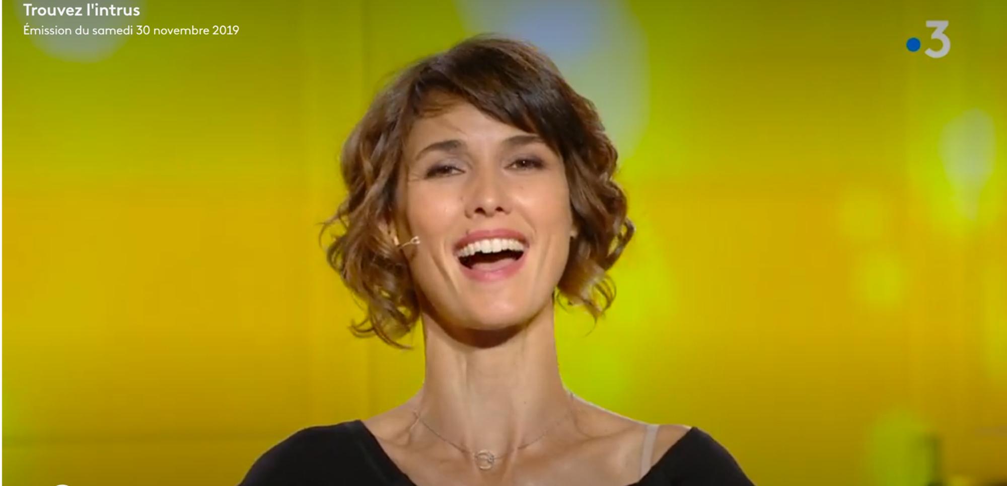 ÉGLANTINE ÉMÉYÉ X EXCENTRIQUE NECKLACE – France 3